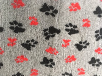 PnH Veterinary Bedding - NON SLIP - Grey with Red & Black Paws