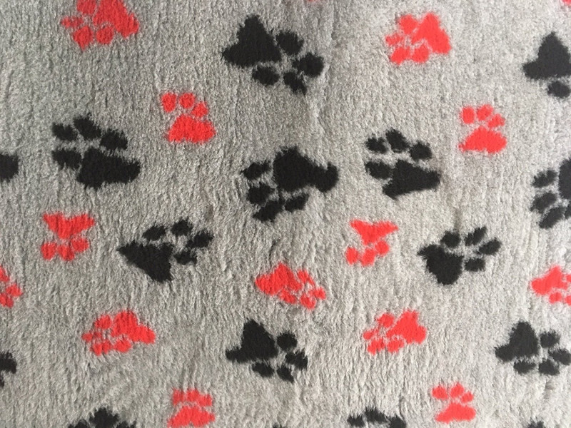 PnH Veterinary Bedding - NON SLIP - SQUARE - Grey with Red & Black Paws