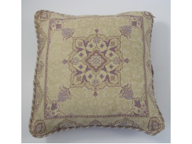 Mauve Patterned Cushion - 45cm x 45cm - COMPLETE WITH HOLLOW FIBRE INNER