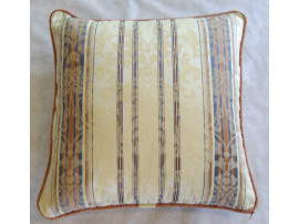 Rose And Cream Patterned Cushion With Cording - 50cm x 50cm - COMPLETE WITH HOLLOW FIBRE FILLED INNER